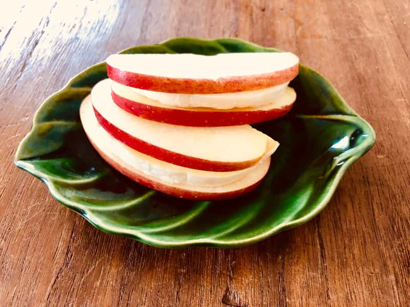 カマンベールチーズとりんごのサンド
